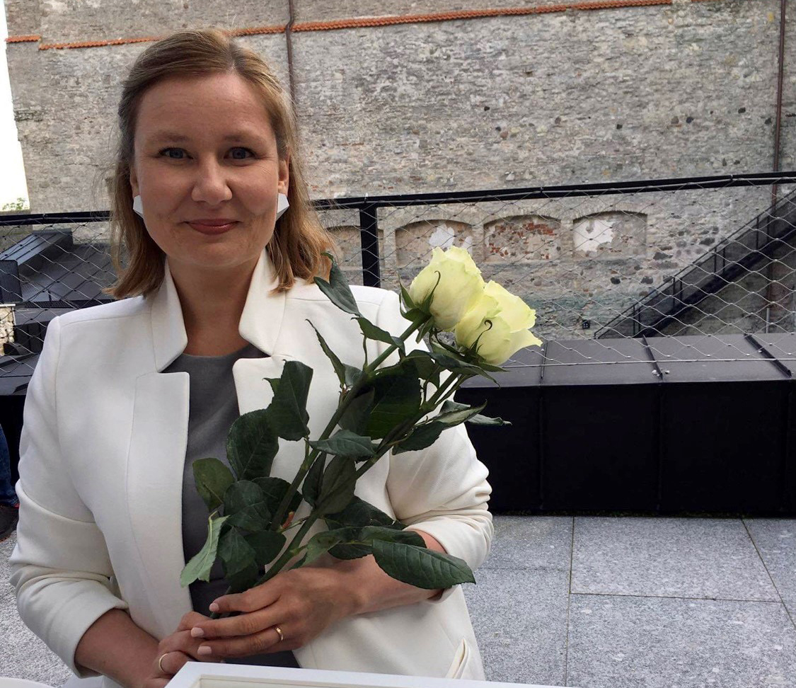 Iloni Imedemaa juhataja Maarja Kõutsi tunnustati Haapsalu kultuurielu edendaja 2020 tiitliga